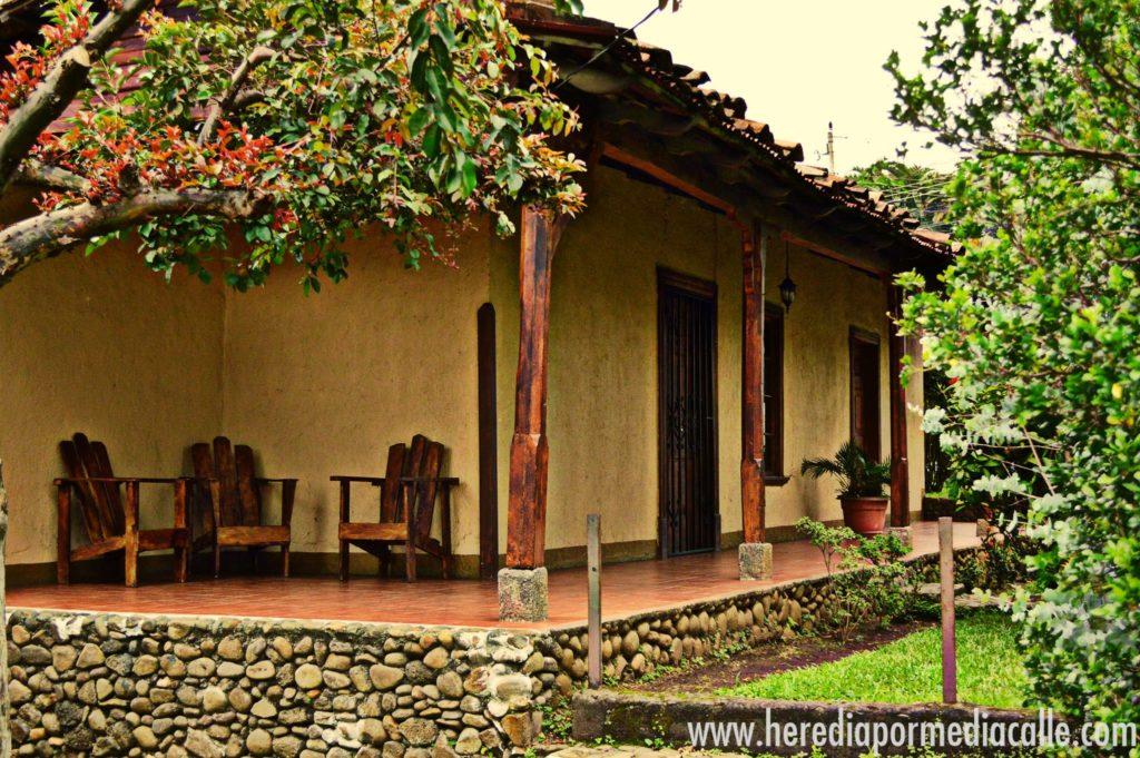 De las casas más antiguas de Heredia. Data del siglo XIX y fue declara Patrimonio Arquitectponico por la Municipalidad de Belén